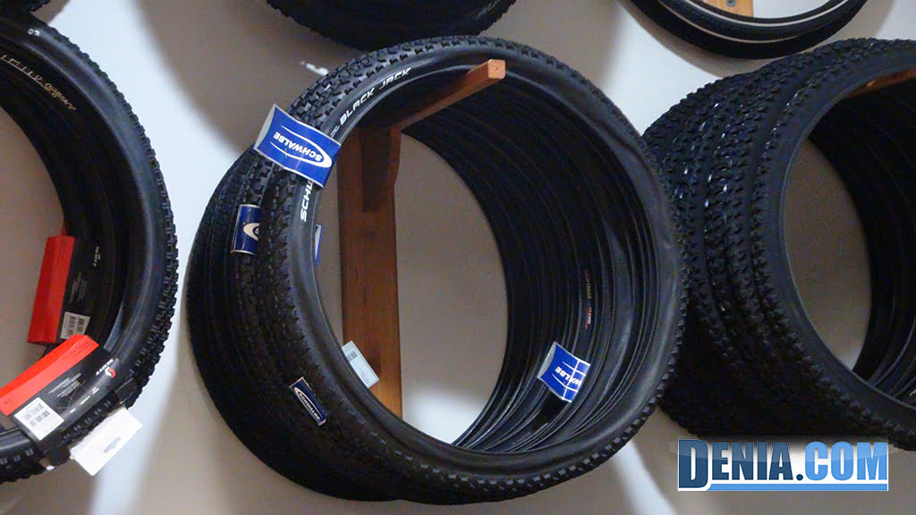 Cicles Desnivell Dénia, top brand spare parts, bicycle tires