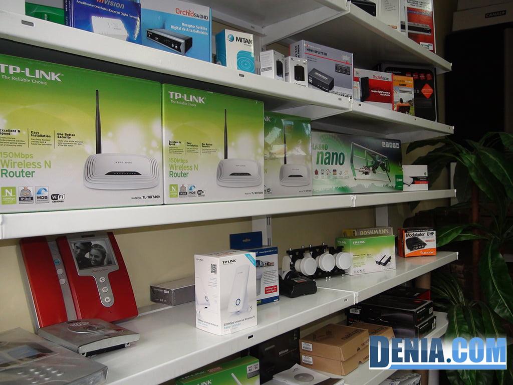 Digitaldenia, electrònica, routers, repetidors d'antena wifi