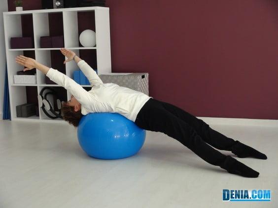StudioClass-pilates-ejercicio-con-Fitball