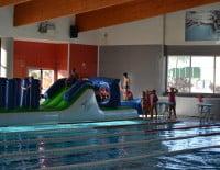 Actividades infantiles en la piscina del Centro Deportivo Dénia