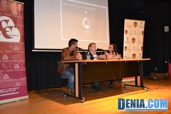 Charla sobre indumentaria valenciana en Dénia