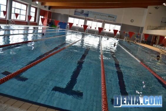 Piscina en el Centro deportivo Dénia