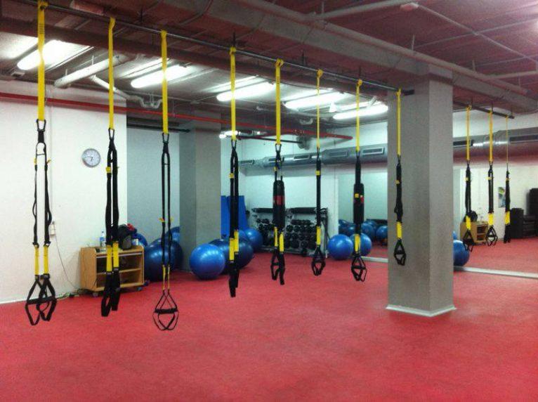 TRX en Centro deportivo Dénia