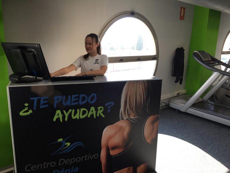 Entrada zona fitness Centro Deportivo Dénia