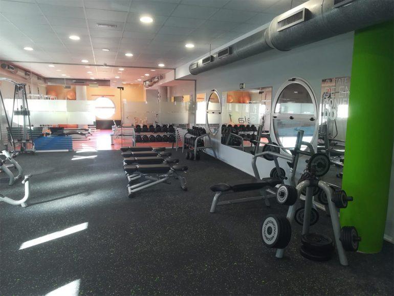 Sala-fitness-Centro-Deportivo-Denia