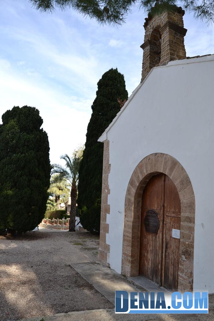 Entrada de la ermita de santa Lucía