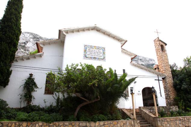 Imagen: Exterior de la Ermita del Pare Pere de Dénia (Foto: Tino Calvo)