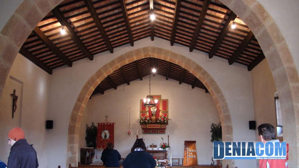Interior de la ermita de Santa Paula