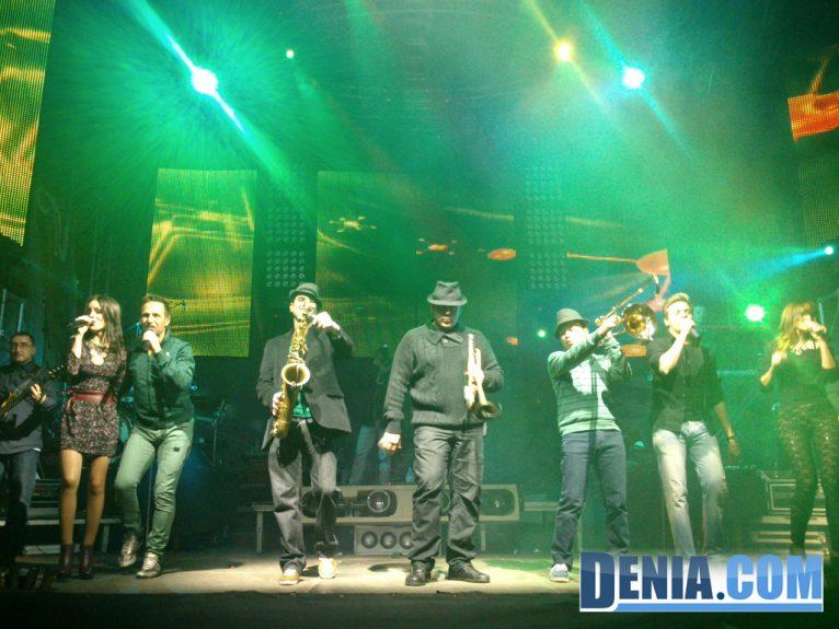 La Orquesta Montecarlo dio la bienvenida al 2014 en Dénia