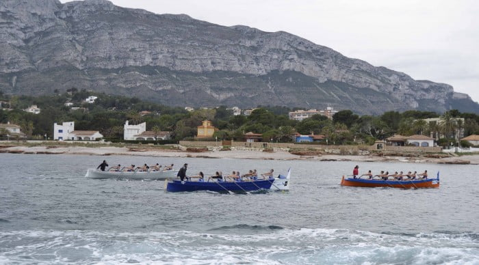 The II Memorial Diego Mena brought 225 rowers