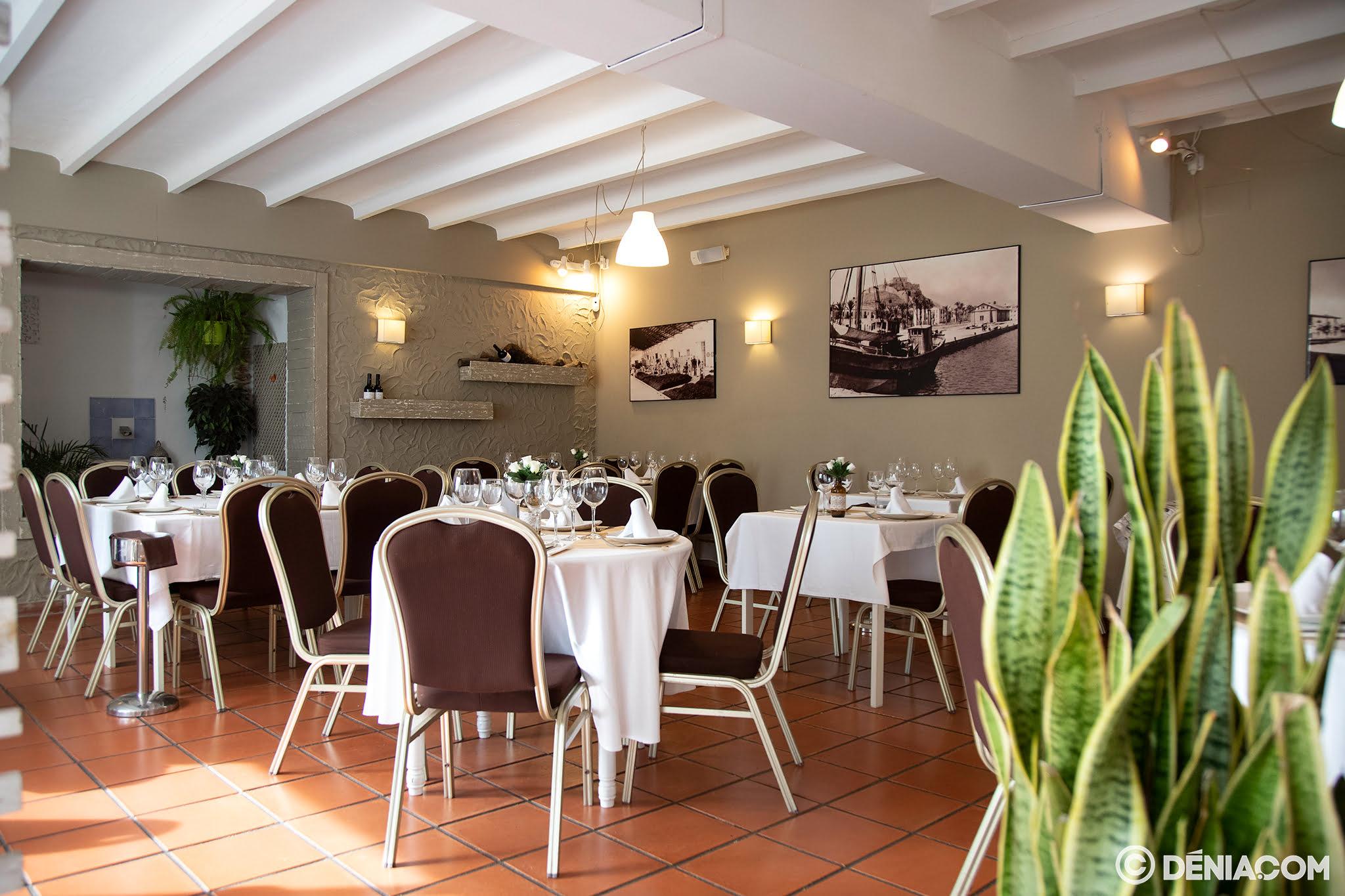 Restaurant intérieur Voramar