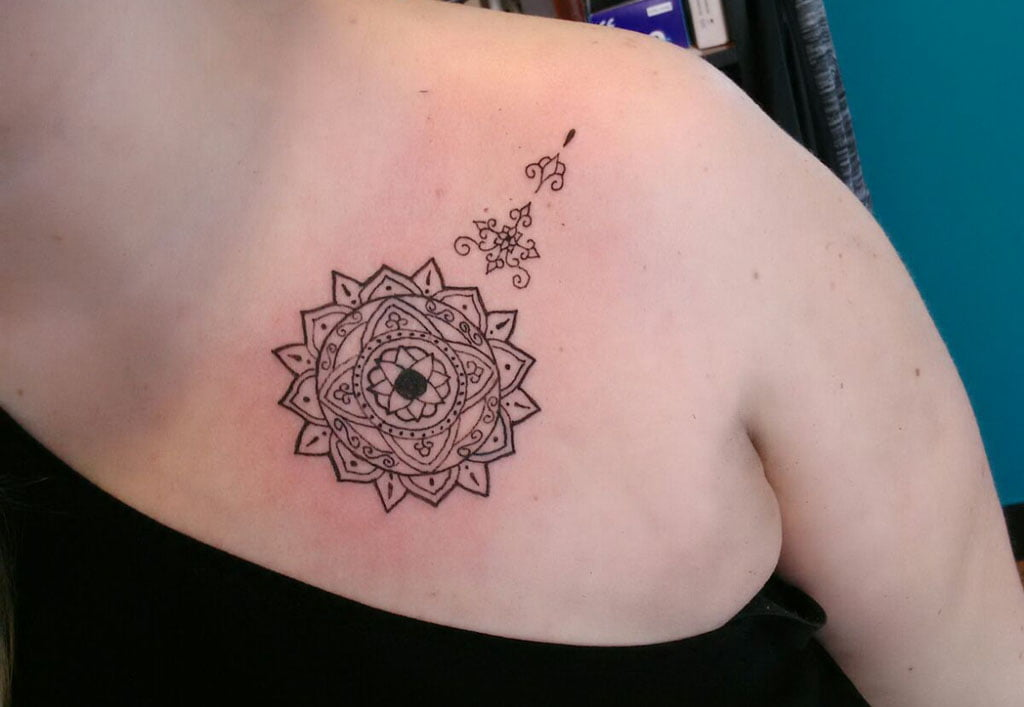 Tatuatges a Dénia - As Meigas Tattoo & Piercing - mandala