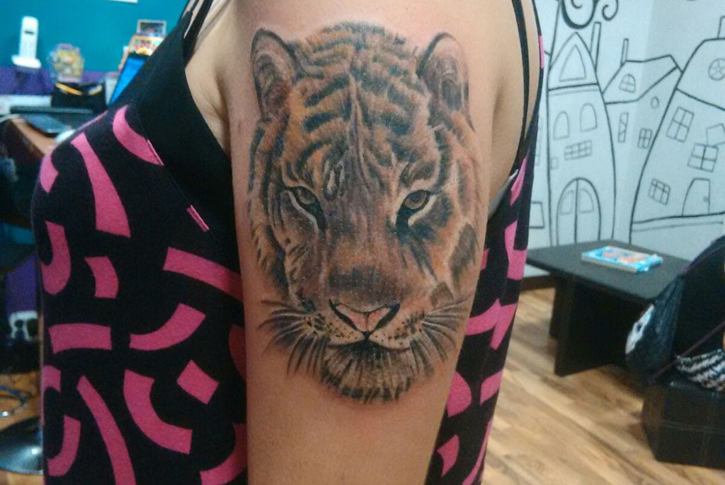 Tatuatges a Dénia - As Meigas Tattoo & Piercing - rostre tigre