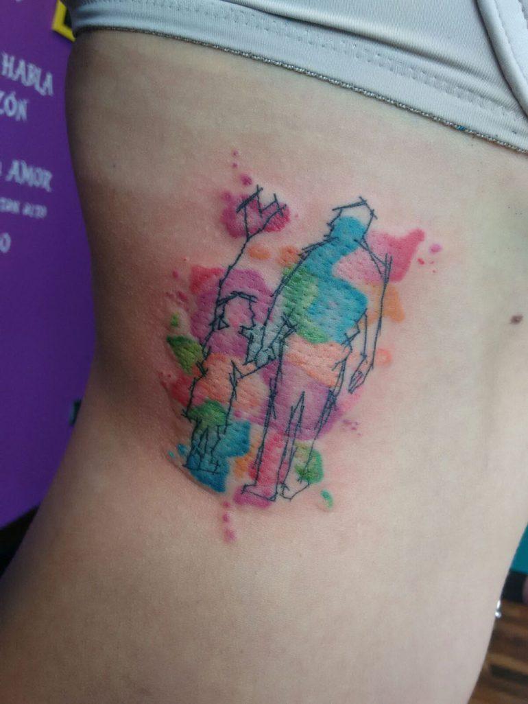 Tatuatges a Dénia - As Meigas Tattoo & Piercing - silueta aquarel·la