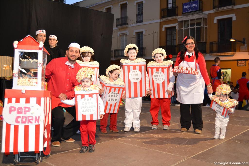 Desfile de disfraces en el carnaval de d nia 2014 d - Disfrazes para carnavales ...