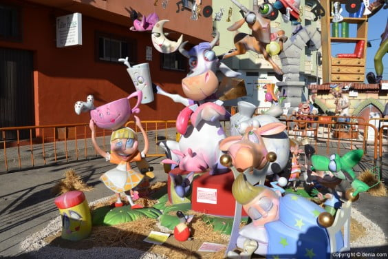 Falla Darrere del Castell infantil 2014