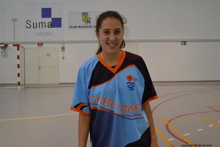 Laura Salort jugadora del Cabo Mar Alicante