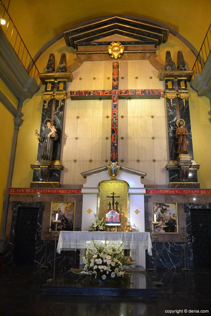 Altar de San Antonio