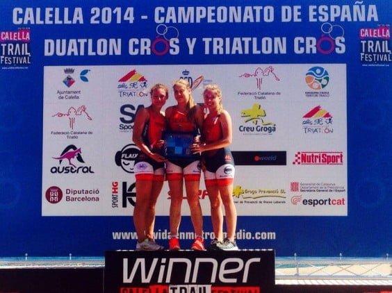 Andrea Fernandez with Naomi and Nerea Segui