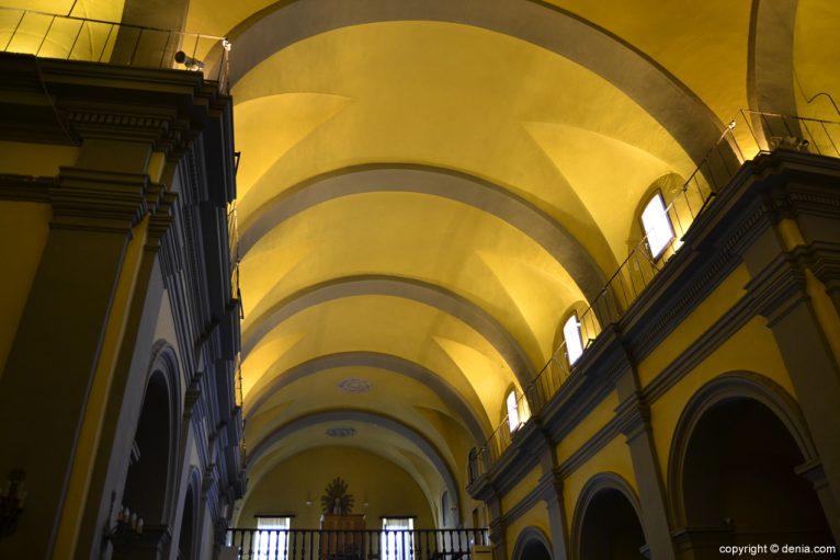 Cubierta de a Iglesia de San Antonio
