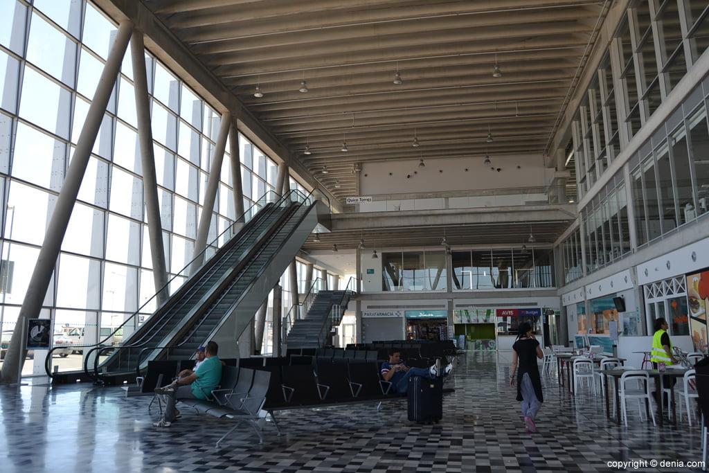 Dénia Maritime Station - Lobby