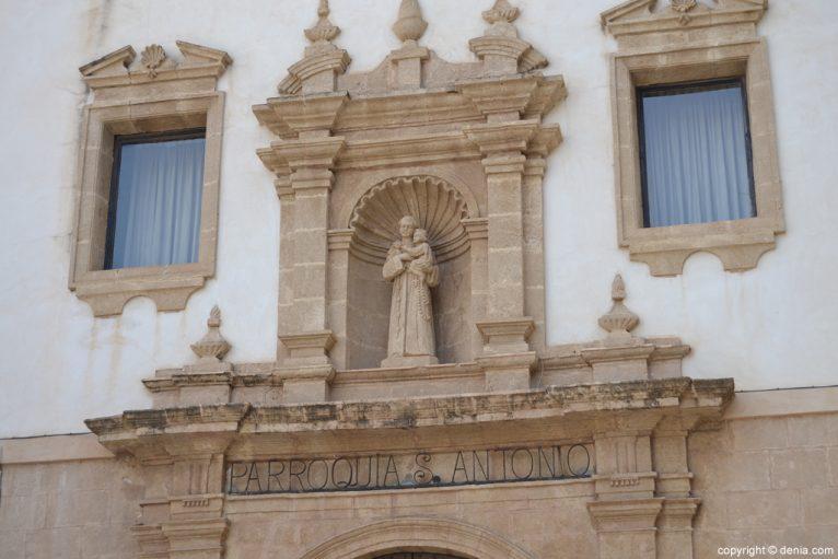 Hornacina de la Iglesia de San Antonio
