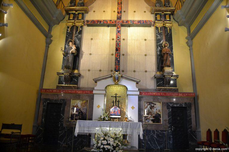 Iglesia de San Antonio - Altar
