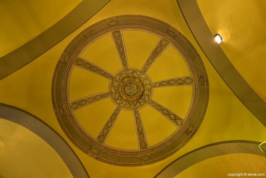 Interior de la cúpula de la Iglesia de san Antonio