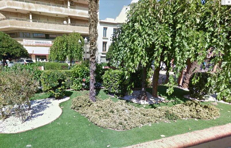 Jardín lateral de La Glorieta