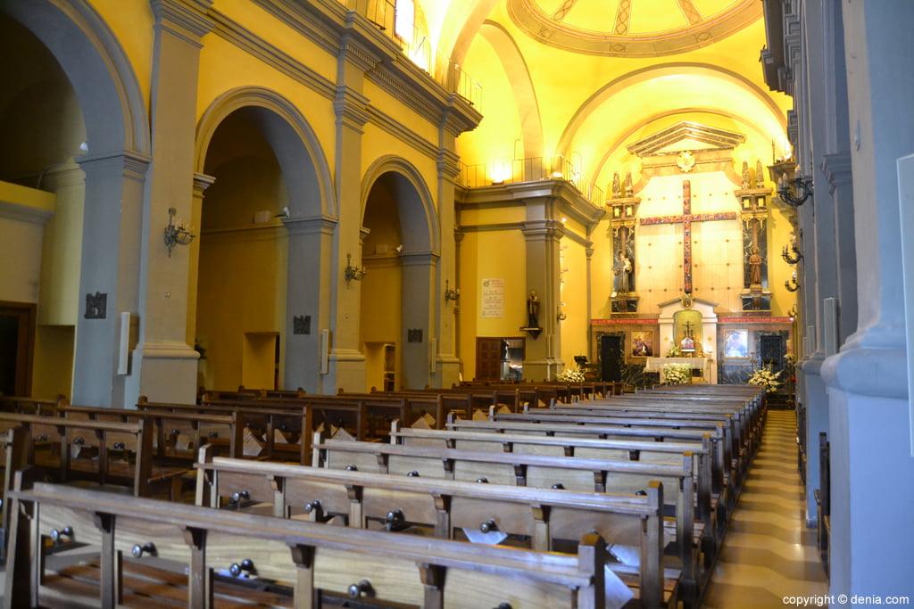 Nave central de la Iglesia de San Antonio
