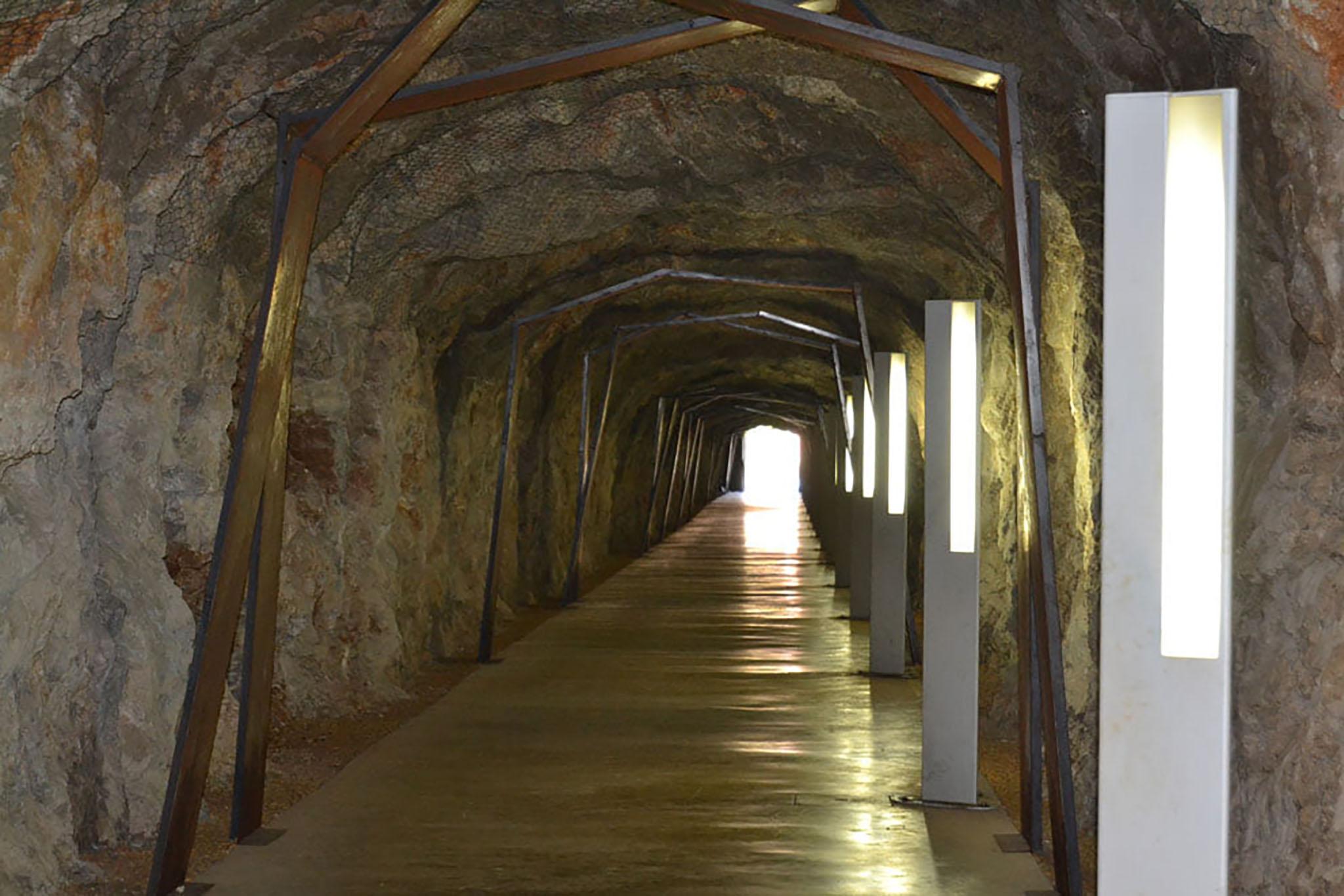 Túnel del Castillo de Dénia