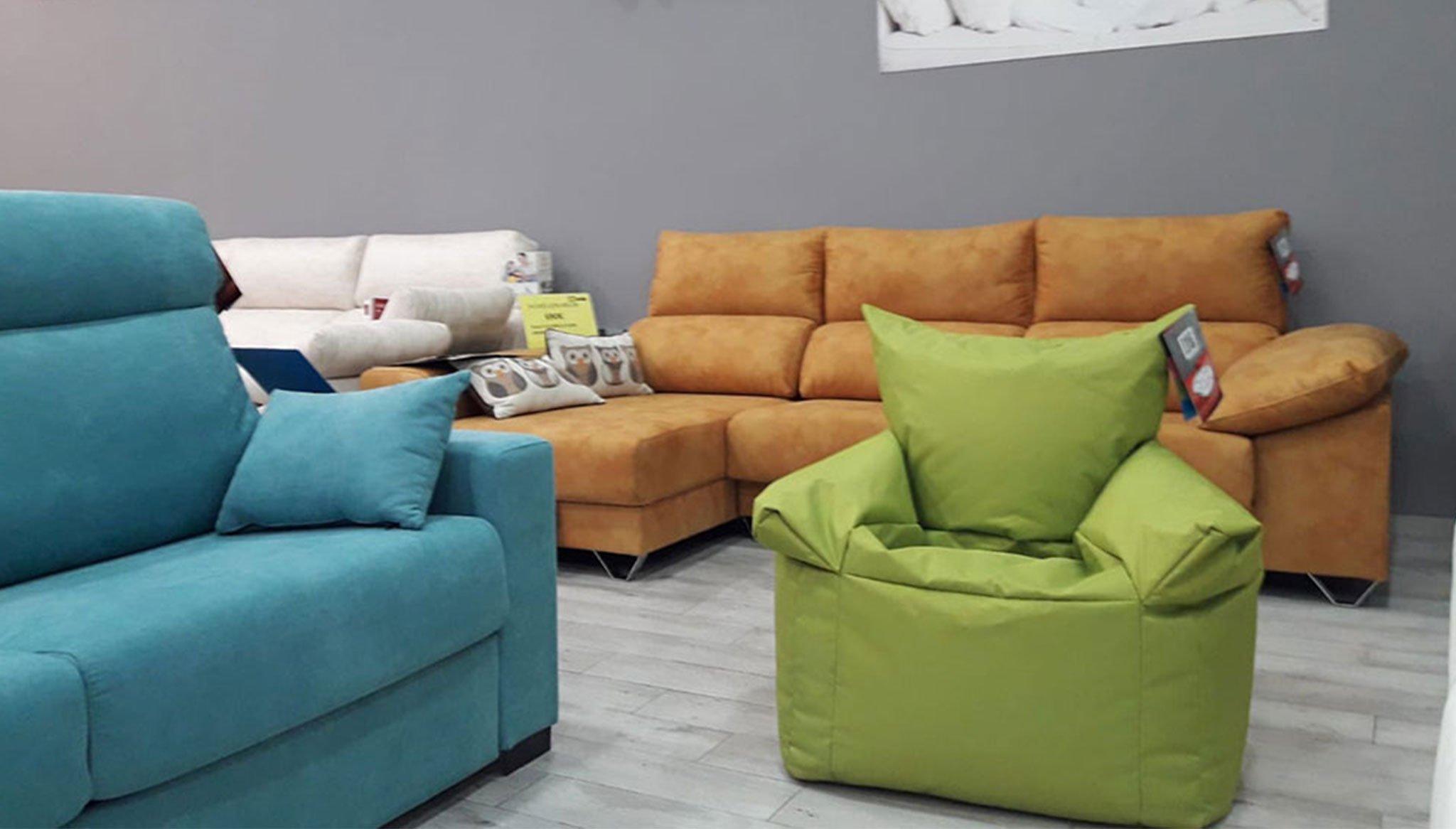 Green Pouff raffling Ok Sofas