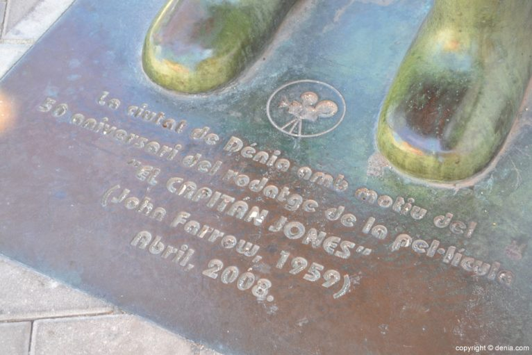 Placa homenaje a El Capitán Jones