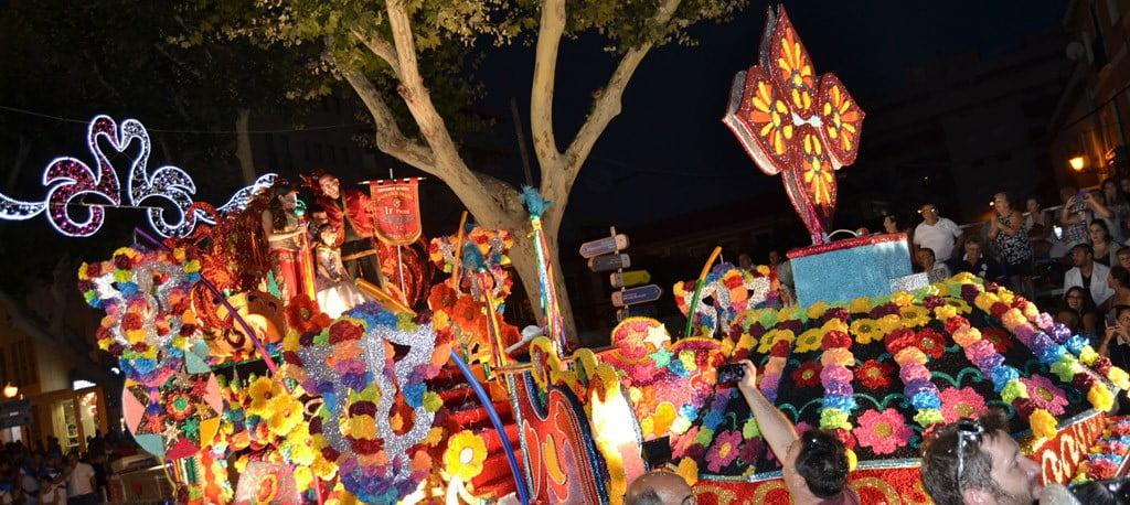 Dénia floats parade