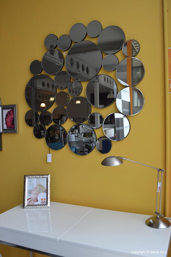 Housit - Mirror