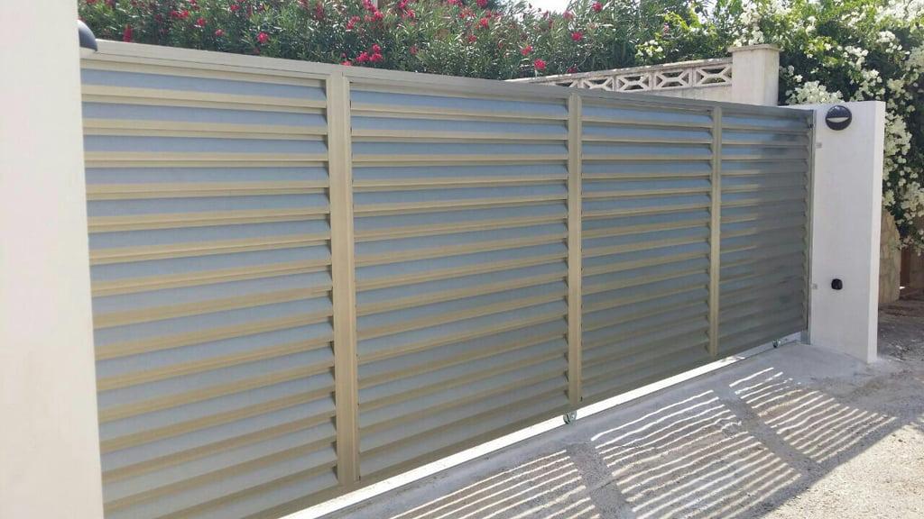 Puerta corredera segunda mano excellent armario metlico for Puerta hierro segunda mano