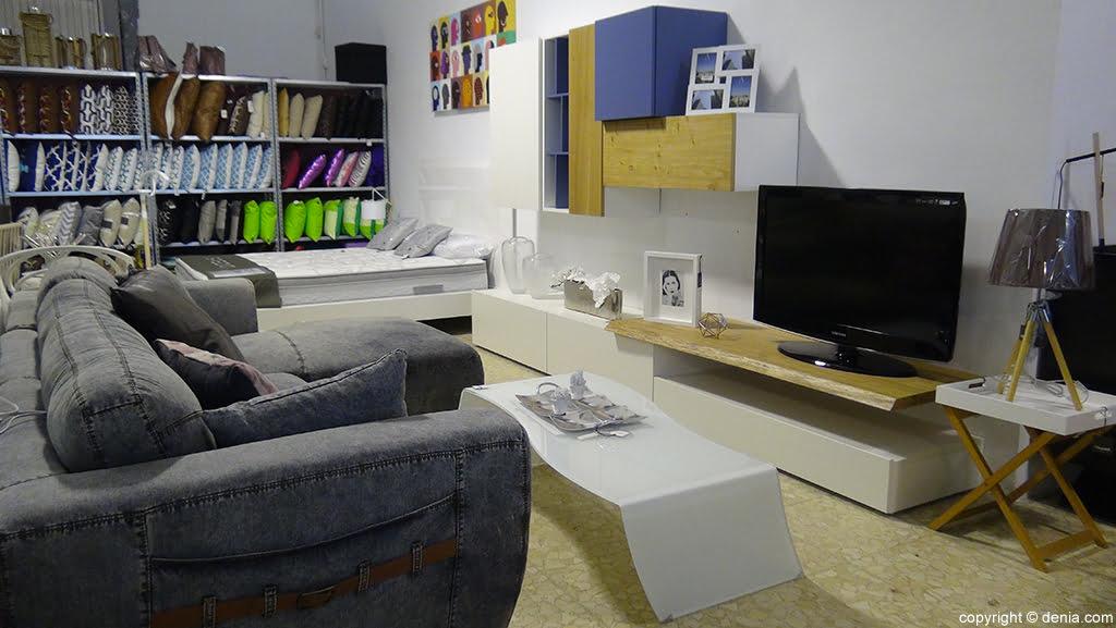 Modern furniture Housit