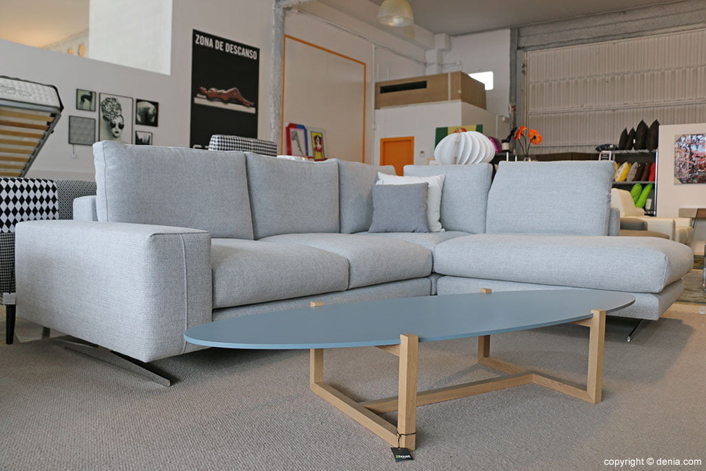 Sofa and table Housit