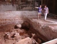 Restos arqueológicos en el Cine Condado