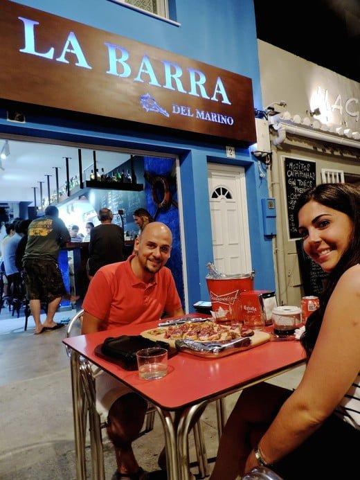 un-local-con-encanto-en-la-plaza-de-mariana-pineda-en-el-barrio-dianense-de-baix-la-mar