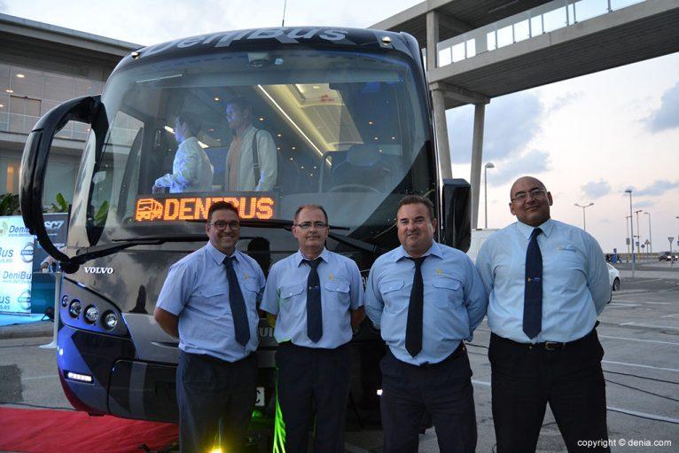 Conductores de Denibus