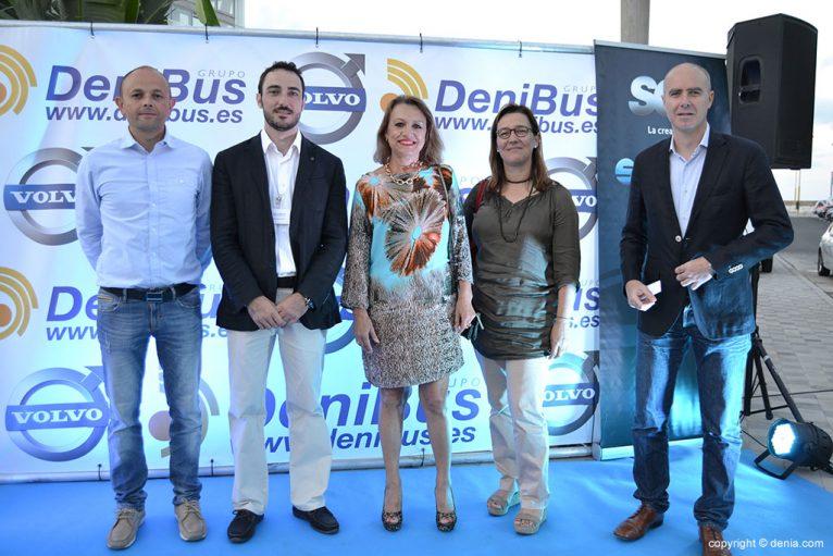 Fiesta de presentación de los autobuses alta gama Denibus+