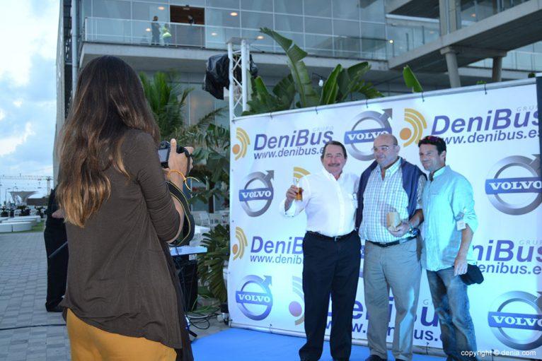 Fiesta de presentación en sociedad de Denibus+