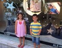 cargos infantiles de Baix la Mar en su escaparate
