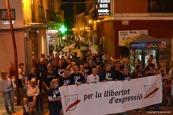 Demonstration in carrer Cop