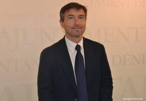 Vicente Chelet concejal de hacienda de Dénia