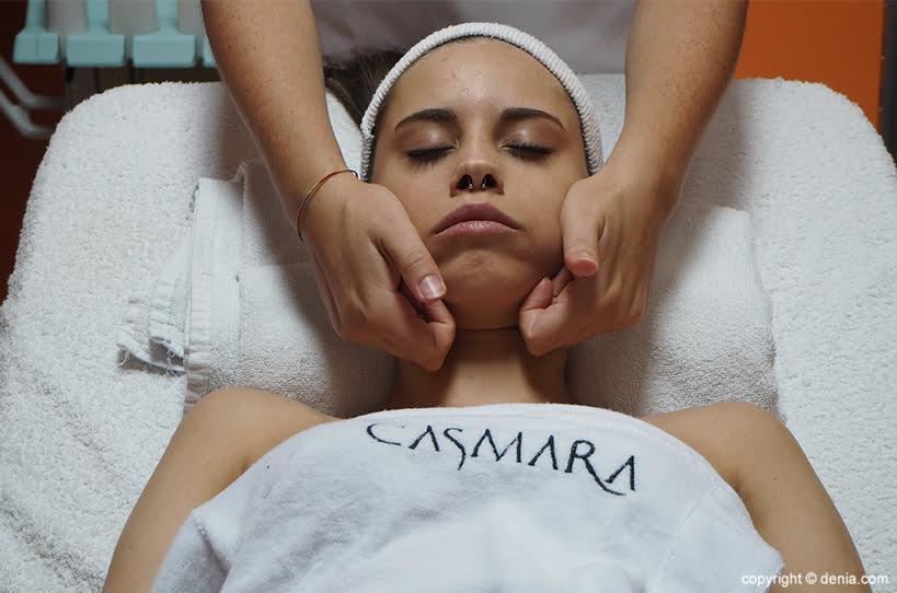 Massatge facial Grup 8