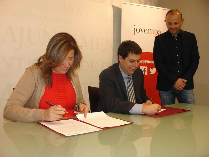 Firma de convenio ayuntamiento d nia y jovempa archivos for Convenio oficinas y despachos alicante