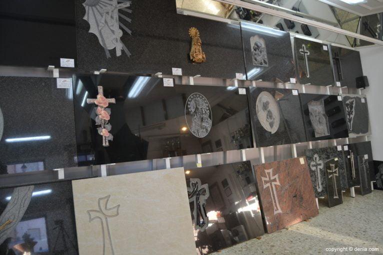 Marbrestone - Exposición de lápidas