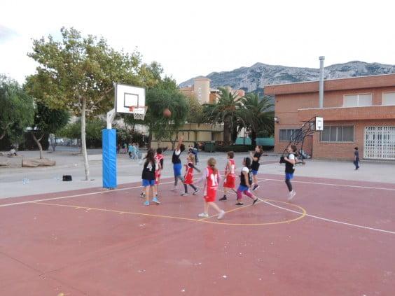 Party local basketball league